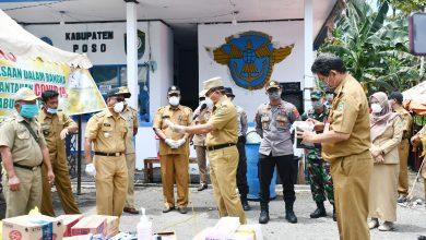 Photo of Cegah Covid19, Pemkab Poso Tutup Jalan dan Kirim APD Ke Petugas Di Perbatasan
