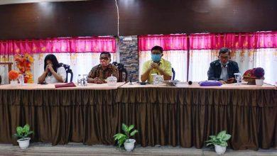 Photo of Vivin Bantah Semua Tuduhan Berselingkuh dengan Bupati Poso